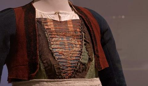 Traditionelle Bekleidung? Neue Perspektiven auf die Geschichte der Montafoner Tracht