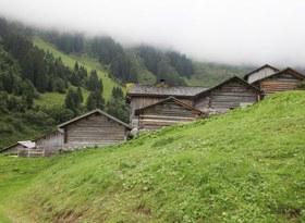 Wanderung zur Montafoner Baukultur - Alpensemble Gampadels